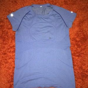 Women's Lululemon Shirt 👕
